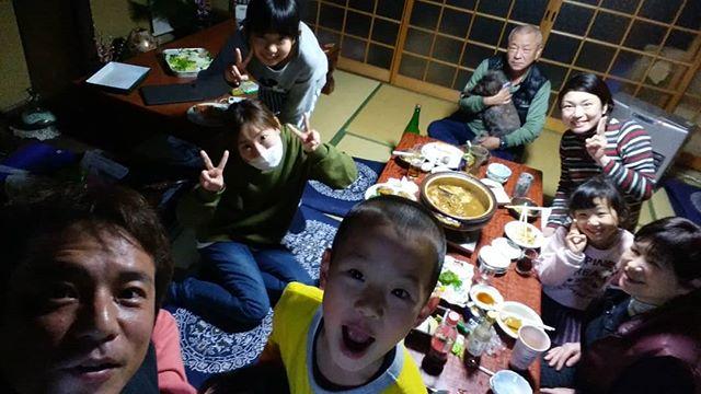 日本なう。寒すぎてしぬる。。。しかし実家楽しいです!妹たち(仮)と子供たちが会いに来てくれて幸せ過ぎます(´;ω;`)ありがとう!.ホーチミンの日本人ゲストハウス兎家(うさぎや)ゲストハウスusagiyah.com.#usagiyah #兎家 #兎家ゲストハウス #うさぎや #日本人宿 #ゲストハウス #ドミトリー #Guesthouse #ベトナム #Vietnam #ホーチミン #バックパッカー #バックパッカー女子 #一人旅 #海外旅行 #旅好きの人と繋がりたい #出会い #実家 #地元 #妹たち #甥っ子 #姪っ子
