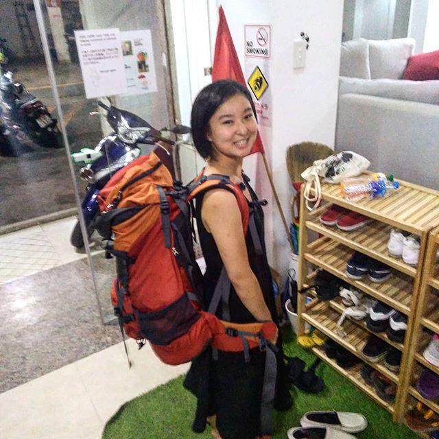 女子高生バックパッカーのことはちゃんが泊まりにきてくれました。彼女は8月初旬に一度泊まってくれて、そのあとベトナム中部を一人旅して二週間後にホーチミンに帰ってきました。今年に入ってから高校生バックパッカーはなんと3人目!それにしてもホントすごいなぁ…。これからも自分の目と足で世界を見て回ってほしいですね~(*ˊᵕˋ*).ホーチミンの日本人ゲストハウス兎家(うさぎや)ゲストハウスusagiyah.comLINE ID: usagiyahご予約、お問い合わせはLINEからでもOKです♪.#usagiyah #日本人宿 #ゲストハウス #ドミトリー #Guesthouse #ホーチミンゲストハウス #Vietnam #ホーチミン #hochiminh #バックパッカー #backpacker #girlstravel #タビジョ #バックパッカー女子 #一人旅 #旅行 #海外 #旅好きの人と繋がりたい #フォトジェニック #photgenic #インスタ映え #インスタジェニック #女子高生 #高校生 #高校生バックパッカー #女子高生バックパッカー