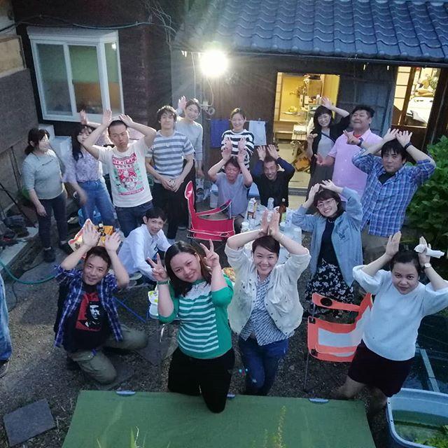 5月18日から23日まで、スタッフ3人を連れてうさぎや初めての社員旅行に京都に行ってきました!お金ないので宿泊は我が実家。父と母には大変お世話になりましたm(_ _)m初めての日本、楽しんでもらえたようで嬉しかったです。うさぎやのお客さんも土日に我が実家に集まってきてくれ、バーベキューパーティーにピザパーティーと連日大賑わいでした。ほんとみなさんのおかげでうさぎやは成り立っております。これからもどうぞよろしくお願いします。またみんなで日本に行けるようにがんばりまーす♡.#usagiyah #うさぎや #兎家 #兎家ゲストハウス #日本人宿 #ドミトリー #ゲストハウス #Guesthouse #ホーチミンゲストハウス #vietnam #ホーチミン #hochiminh #バックパッカー #backpacker #タビジョ #バックパッカー女子 #一人旅 #旅行 #海外旅行 #旅好きの人と繋がりたい #フォトジェニック #インスタ映え #社員旅行 #日本 #京都 #大阪 #初めての日本 #ありがとう #また集まりましょう